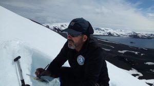 Estudio permafrost en Isla Decepcion (7)