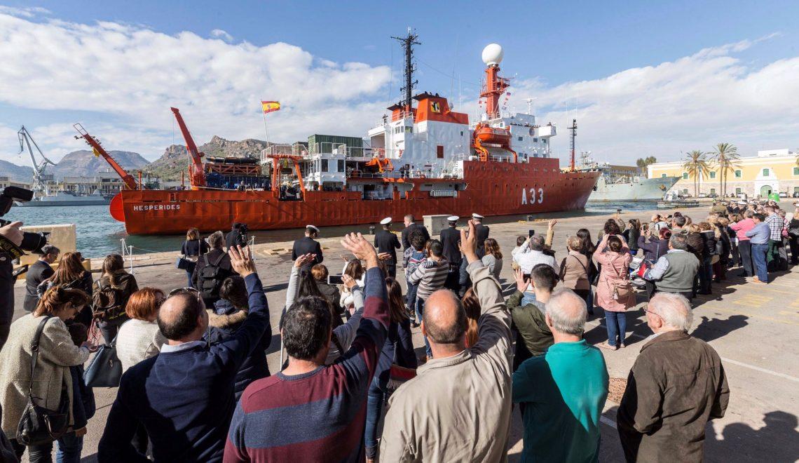 El Hespérides de nuevo rumbo a la Antártida