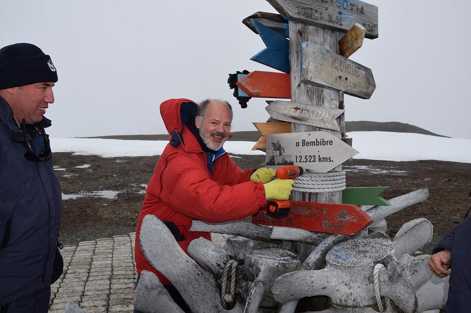 Efe Verde: Valentín Carrera narra 30 años de ciencia española en la Antártida